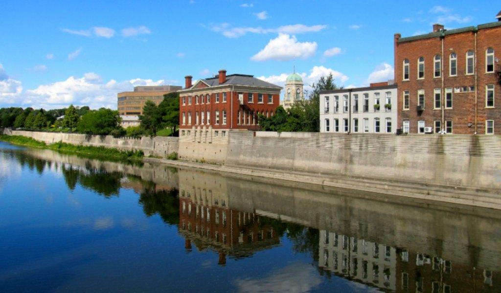 properties in Cambridge, Ontario
