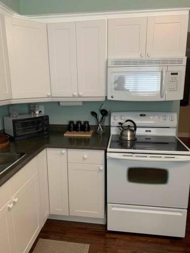 59- 1945 Denmar Rd- Pickering- Ontario L1V3E2, 3 Bedrooms Bedrooms, 6 Rooms Rooms,2 BathroomsBathrooms,Condo Townhouse,Sale,Denmar,E4784016