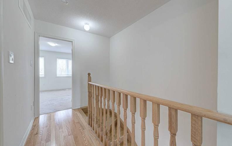 11 Autumnwood Ave- Brampton- Ontario L6Y 6G3, 3 Bedrooms Bedrooms, 8 Rooms Rooms,3 BathroomsBathrooms,Att/row/twnhouse,Sale,Autumnwood,W4785047