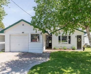 124 Davey Dr- Orillia- Ontario L3V4G8, 2 Bedrooms Bedrooms, 9 Rooms Rooms,2 BathroomsBathrooms,Detached,Sale,Davey,S4785035