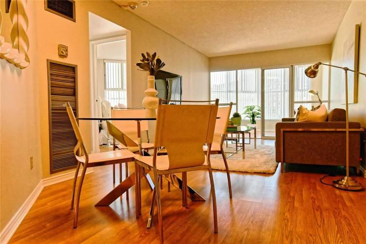 222 The Esplanade- Toronto- Ontario M2N 1M8, 2 Bedrooms Bedrooms, 5 Rooms Rooms,2 BathroomsBathrooms,Condo Apt,Sale,The Esplanade,C4790131