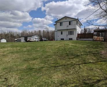 735 Red Deer Lake Rd- Sudbury Remote Area- Ontario P3E4N1, 3 Bedrooms Bedrooms, 9 Rooms Rooms,2 BathroomsBathrooms,Detached,Sale,Red Deer Lake,X4761086