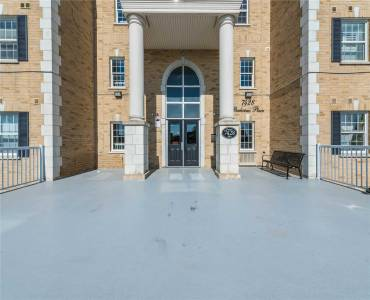 7428 Markham Rd- Markham- Ontario L3S4V6, 3 Bedrooms Bedrooms, 6 Rooms Rooms,2 BathroomsBathrooms,Condo Apt,Sale,Markham,N4790212