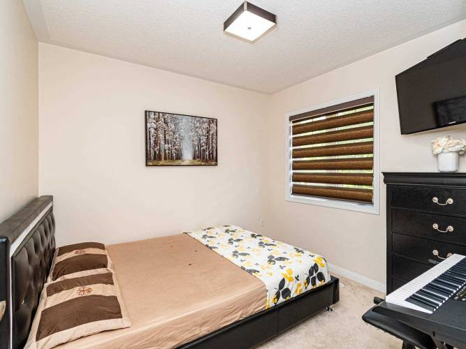 760 Neighbourhood Circ, Mississauga, Ontario L5B0B7, 3 Bedrooms Bedrooms, 8 Rooms Rooms,3 BathroomsBathrooms,Condo Townhouse,Sale,Neighbourhood,W4789696