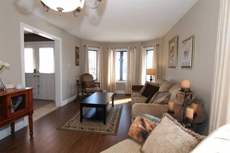 67 Armeda Clow Cres- Essa- Ontario L0M1B2, 3 Bedrooms Bedrooms, 7 Rooms Rooms,4 BathroomsBathrooms,Detached,Sale,Armeda Clow,N4719372