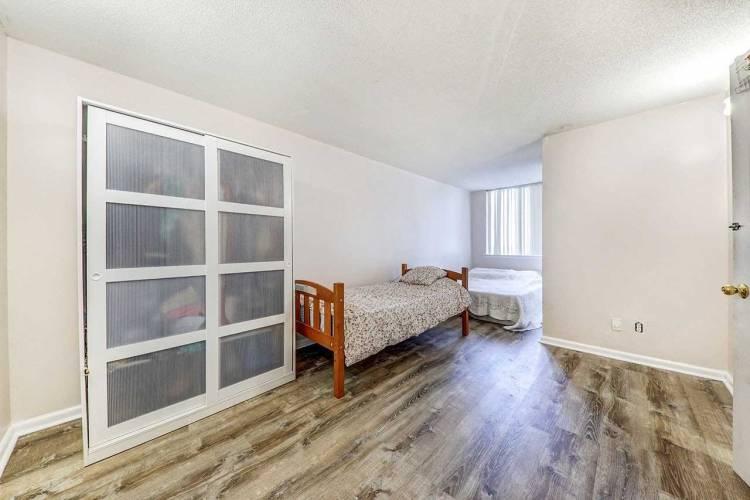 80 Alton Towers Circ- Toronto- Ontario M1V5E8, 2 Bedrooms Bedrooms, 6 Rooms Rooms,2 BathroomsBathrooms,Condo Apt,Sale,Alton Towers,E4791617
