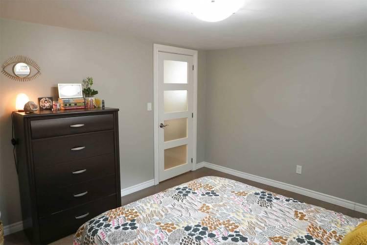 43 Cedar St- Guelph- Ontario N1G1C3, 3 Bedrooms Bedrooms, 5 Rooms Rooms,2 BathroomsBathrooms,Detached,Sale,Cedar,X4791761