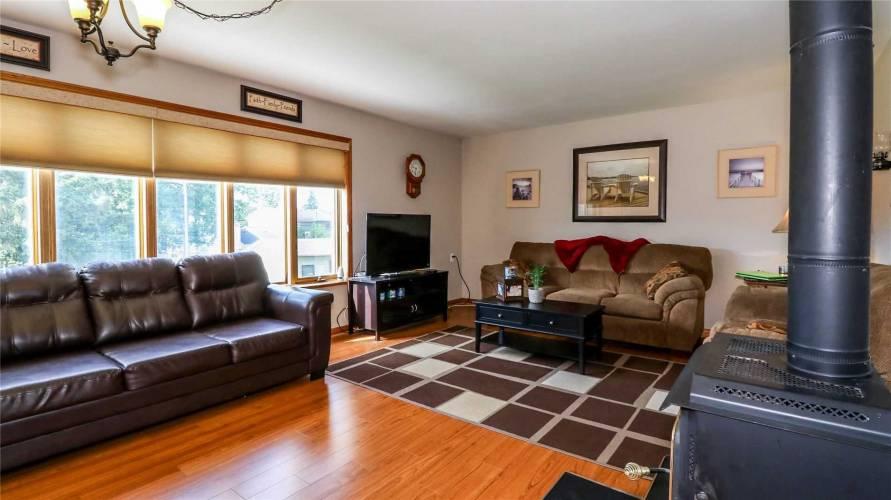 333 Andrew St- Shelburne- Ontario L9V2Y8, 3 Bedrooms Bedrooms, 6 Rooms Rooms,3 BathroomsBathrooms,Detached,Sale,Andrew,X4752839