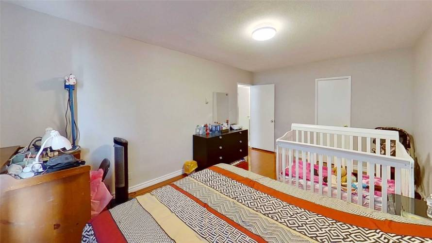 2550 Pharmacy Ave, Toronto, Ontario M1W1H9, 2 Bedrooms Bedrooms, 5 Rooms Rooms,1 BathroomBathrooms,Condo Apt,Sale,Pharmacy,E4792617