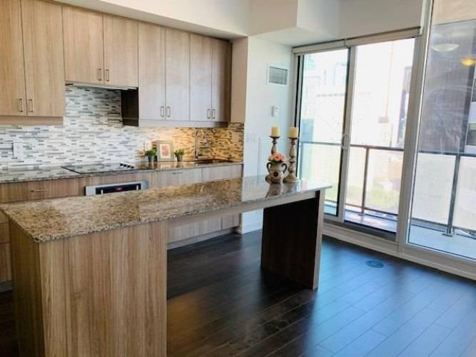 426 University Ave, Toronto, Ontario M5G 1S9, 1 Bedroom Bedrooms, 4 Rooms Rooms,1 BathroomBathrooms,Condo Apt,Sale,University,C4792750