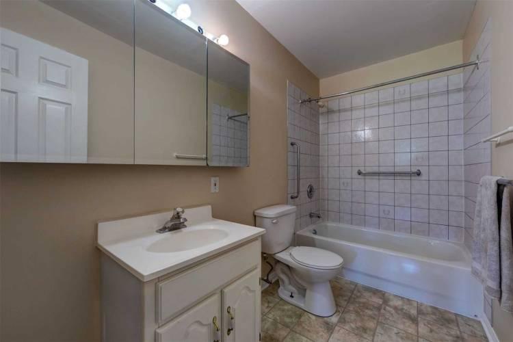 18 Wildflower Rd, Kawartha Lakes, Ontario K0M1N0, 3 Bedrooms Bedrooms, 7 Rooms Rooms,2 BathroomsBathrooms,Detached,Sale,Wildflower,X4746400