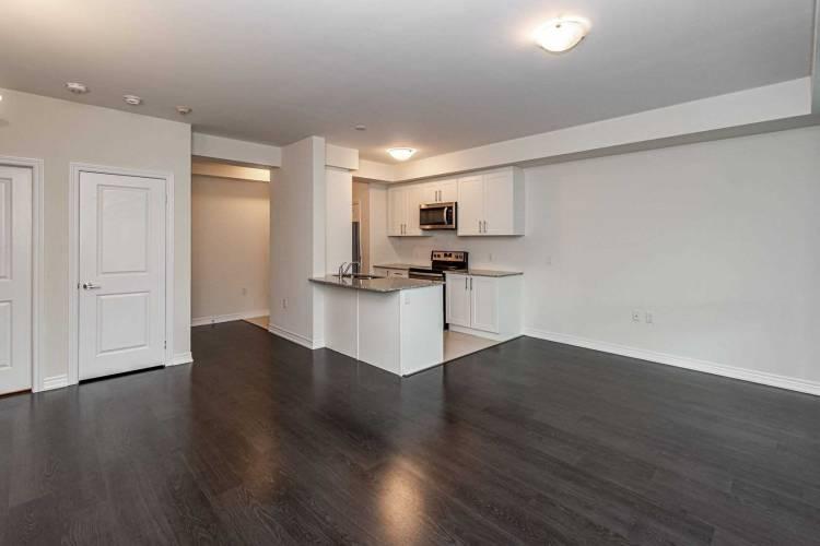 2375 Bronte Rd- Oakville- Ontario L6M 1P5, 1 Bedroom Bedrooms, 4 Rooms Rooms,1 BathroomBathrooms,Condo Townhouse,Sale,Bronte,W4773880