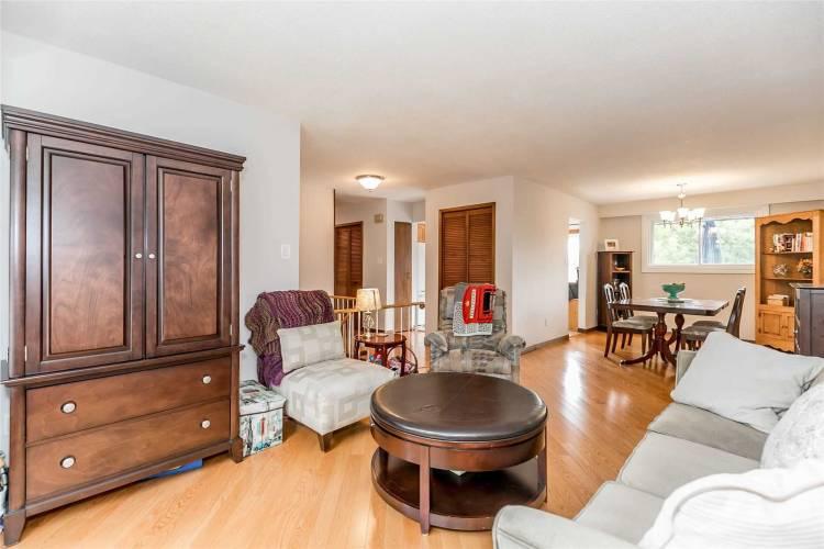 49 Carol Rd- Barrie- Ontario L4N 4S5, 3 Bedrooms Bedrooms, 8 Rooms Rooms,2 BathroomsBathrooms,Detached,Sale,Carol,S4794231