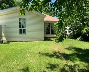 2048 Inglewood Dr, Innisfil, Ontario L9S1Y7, 1 Bedroom Bedrooms, 4 Rooms Rooms,1 BathroomBathrooms,Detached,Sale,Inglewood,N4794821