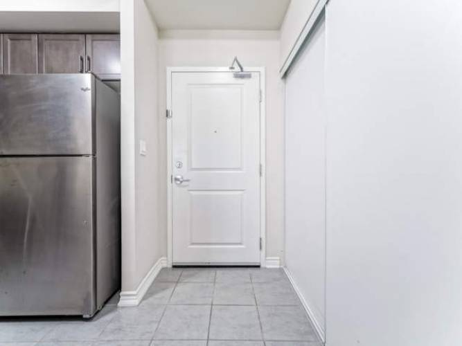 640 Sauve St- Milton- Ontario L9T9A7, 2 Bedrooms Bedrooms, 5 Rooms Rooms,2 BathroomsBathrooms,Condo Apt,Sale,Sauve,W4780454
