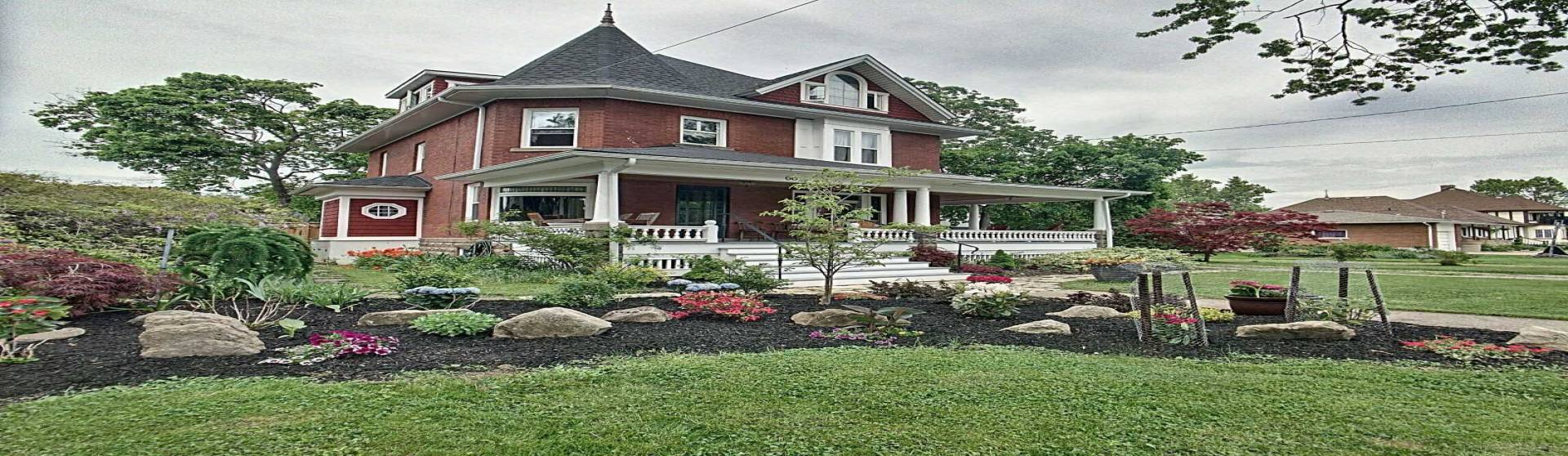 60 Maple Ave, Welland, Ontario L3C5G1, 5 Bedrooms Bedrooms, 8 Rooms Rooms,3 BathroomsBathrooms,Detached,Sale,Maple,X4726842