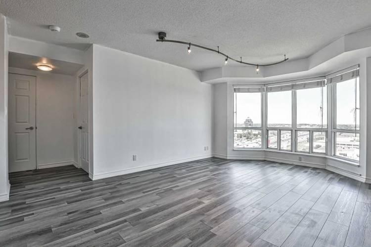11 Lee Centre Dr, Toronto, Ontario M1H3J5, 2 Bedrooms Bedrooms, 5 Rooms Rooms,2 BathroomsBathrooms,Condo Apt,Sale,Lee Centre,E4794709