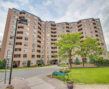 260 Davis Dr- Newmarket- Ontario L3Y7C3, 2 Bedrooms Bedrooms, 5 Rooms Rooms,1 BathroomBathrooms,Condo Apt,Sale,Davis,N4794885
