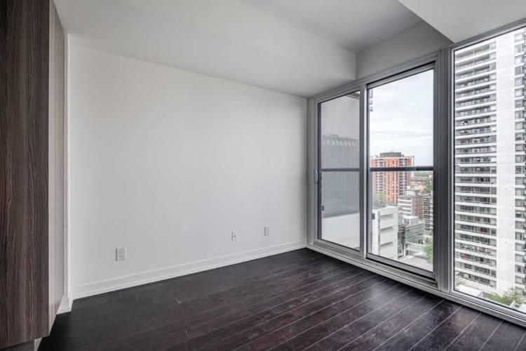 85 Wood St- Toronto- Ontario M4Y0E8, 1 Bedroom Bedrooms, 3 Rooms Rooms,1 BathroomBathrooms,Condo Apt,Sale,Wood,C4795932