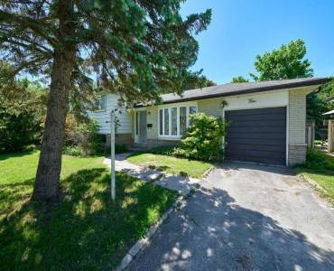 4 Curtiss Crt- Barrie- Ontario L4M 2M7, 3 Bedrooms Bedrooms, 7 Rooms Rooms,1 BathroomBathrooms,Detached,Sale,Curtiss,S4796784