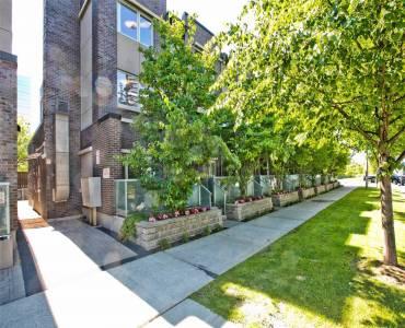 295 Village Green Sq- Toronto- Ontario M1S0L2, 4 Bedrooms Bedrooms, 7 Rooms Rooms,3 BathroomsBathrooms,Condo Townhouse,Sale,Village Green,E4796566