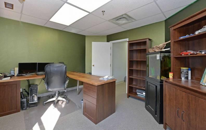 400 Esna Park Dr- Markham- Ontario L3R3K2, ,Industrial,Sale,Esna Park,N4800594