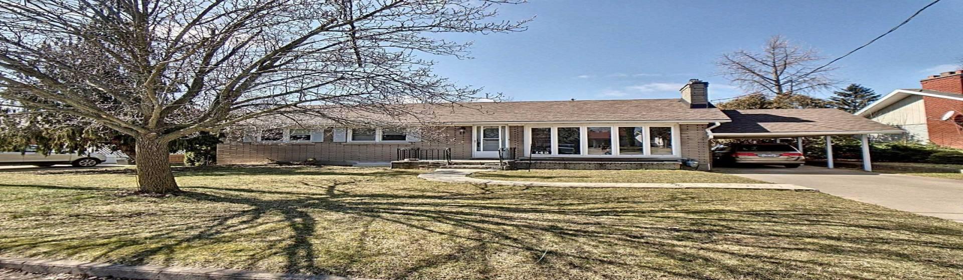 142 Village Rd, St. Catharines, Ontario L2T3C5, 3 Bedrooms Bedrooms, 7 Rooms Rooms,3 BathroomsBathrooms,Detached,Sale,Village,X4735787