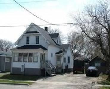221 Beatty Ave, Oshawa, Ontario L1H3B4, 3 Bedrooms Bedrooms, 7 Rooms Rooms,2 BathroomsBathrooms,Multiplex,Sale,Beatty,E4745702