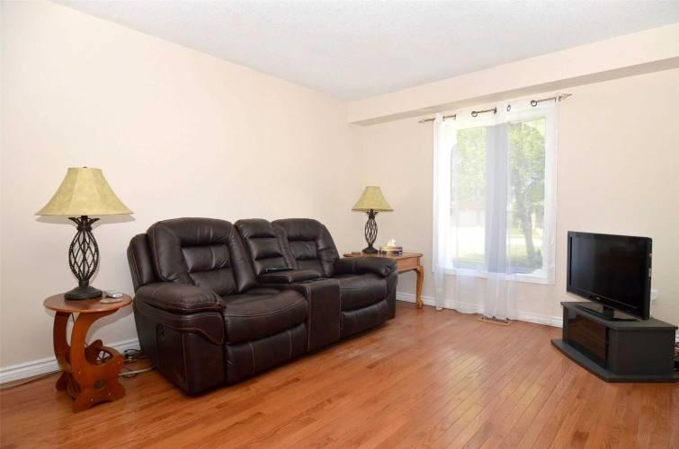 17 Daniele Ave- New Tecumseth- Ontario L0G1A0, 3 Bedrooms Bedrooms, 6 Rooms Rooms,3 BathroomsBathrooms,Detached,Sale,Daniele,N4797870