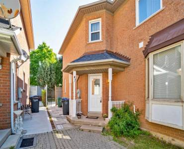 47 Quail Feather Cres, Brampton, Ontario 16R1S7, 3 Bedrooms Bedrooms, 6 Rooms Rooms,2 BathroomsBathrooms,Att/row/twnhouse,Sale,Quail Feather,W4798356