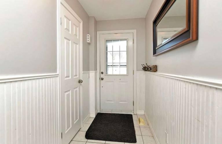 126 Marion St- Shelburne- Ontario L9V 3C2, 3 Bedrooms Bedrooms, 8 Rooms Rooms,3 BathroomsBathrooms,Semi-detached,Sale,Marion,X4798461