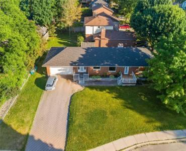 326 Queen St, Newmarket, Ontario L3Y2G6, 3 Bedrooms Bedrooms, 6 Rooms Rooms,3 BathroomsBathrooms,Detached,Sale,Queen,N4799280