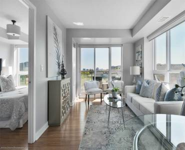 120 Dallimore Circ- Toronto- Ontario M3C4J1, 2 Bedrooms Bedrooms, 5 Rooms Rooms,2 BathroomsBathrooms,Condo Apt,Sale,Dallimore,C4797426