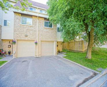 60 Tara Park Cres- Brampton- Ontario L6V3E3, 3 Bedrooms Bedrooms, 7 Rooms Rooms,2 BathroomsBathrooms,Condo Townhouse,Sale,Tara Park,W4798428