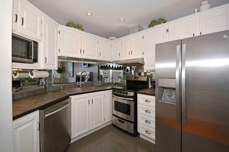 77 Maitland Pl- Toronto- Ontario M4Y2V6, 2 Bedrooms Bedrooms, 7 Rooms Rooms,2 BathroomsBathrooms,Condo Apt,Sale,Maitland,C4799182