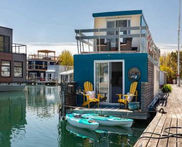 7 Brimley Rd- Toronto- Ontario M1M3W3, 2 Bedrooms Bedrooms, 4 Rooms Rooms,1 BathroomBathrooms,Det Condo,Sale,Brimley,E4798464