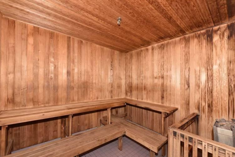 3231 Eglinton Ave- Toronto- Ontario M1J 3N5, 2 Bedrooms Bedrooms, 8 Rooms Rooms,2 BathroomsBathrooms,Condo Apt,Sale,Eglinton,E4799310