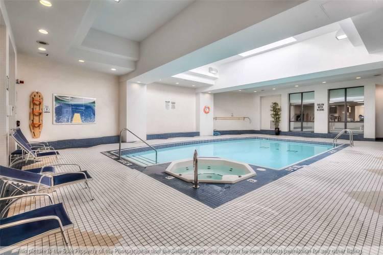 153 Beecroft Rd- Toronto- Ontario M2N7C5, 1 Bedroom Bedrooms, 4 Rooms Rooms,1 BathroomBathrooms,Condo Apt,Sale,Beecroft,C4800199