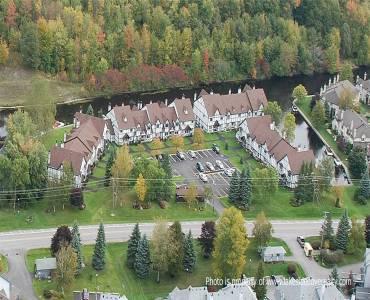 31 Laguna Pkwy- Ramara- Ontario L0K 1B0, 3 Bedrooms Bedrooms, 6 Rooms Rooms,3 BathroomsBathrooms,Condo Townhouse,Sale,Laguna,S4686714