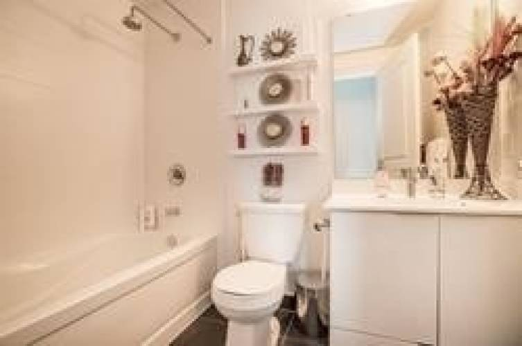 16 Brookers Lane- Toronto- Ontario M8V 0A5, 2 Bedrooms Bedrooms, 6 Rooms Rooms,2 BathroomsBathrooms,Condo Apt,Sale,Brookers,W4801614