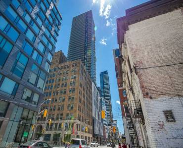 87 Peter St- Toronto- Ontario M5V 0P1, 1 Bedroom Bedrooms, 4 Rooms Rooms,1 BathroomBathrooms,Condo Apt,Sale,Peter,C4802131