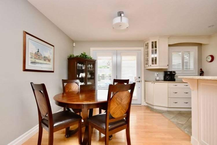 3 Grew Cres, Penetanguishene, Ontario L9M 0A4, 3 Bedrooms Bedrooms, 11 Rooms Rooms,3 BathroomsBathrooms,Detached,Sale,Grew,S4797748