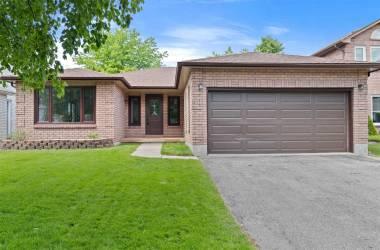 8 Radenhurst Cres- Barrie- Ontario L4M6C5, 3 Bedrooms Bedrooms, 7 Rooms Rooms,3 BathroomsBathrooms,Detached,Sale,Radenhurst,S4802175