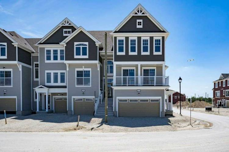 24 High Tide Dr, Wasaga Beach, Ontario L9Z 2X2, 3 Bedrooms Bedrooms, 8 Rooms Rooms,3 BathroomsBathrooms,Att/row/twnhouse,Sale,High Tide,S4802222