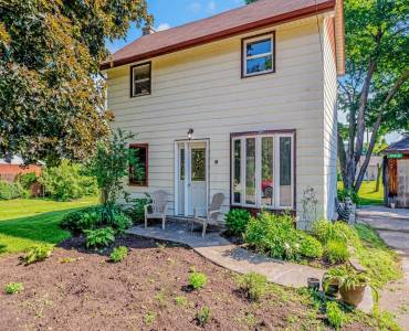 19 Erin St- Halton Hills- Ontario L7G3M7, 3 Bedrooms Bedrooms, 6 Rooms Rooms,1 BathroomBathrooms,Detached,Sale,Erin,W4801903