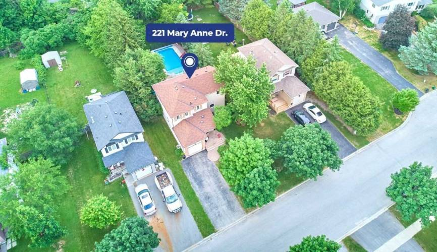 221 Mary Anne Dr- Barrie- Ontario L4N 4T1, 4 Bedrooms Bedrooms, 7 Rooms Rooms,3 BathroomsBathrooms,Detached,Sale,Mary Anne,S4802627