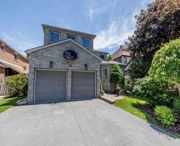 199 Johnson St- Barrie- Ontario L4M5Y9, 4 Bedrooms Bedrooms, 10 Rooms Rooms,3 BathroomsBathrooms,Detached,Sale,Johnson,S4803227