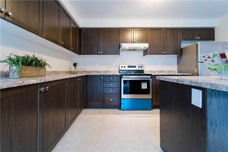 37 Doreen Dr- Thorold- Ontario L3B 5N5, 3 Bedrooms Bedrooms, 9 Rooms Rooms,3 BathroomsBathrooms,Detached,Sale,Doreen,X4770176