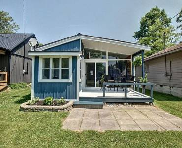 19 Walmsley St, Norfolk, Ontario N0E1T0, 2 Bedrooms Bedrooms, 5 Rooms Rooms,1 BathroomBathrooms,Cottage,Sale,Walmsley,X4802979