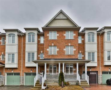 15 Old Colony Rd, Richmond Hill, Ontario L4E4L5, 3 Bedrooms Bedrooms, 8 Rooms Rooms,3 BathroomsBathrooms,Att/row/twnhouse,Sale,Old Colony,N4803421